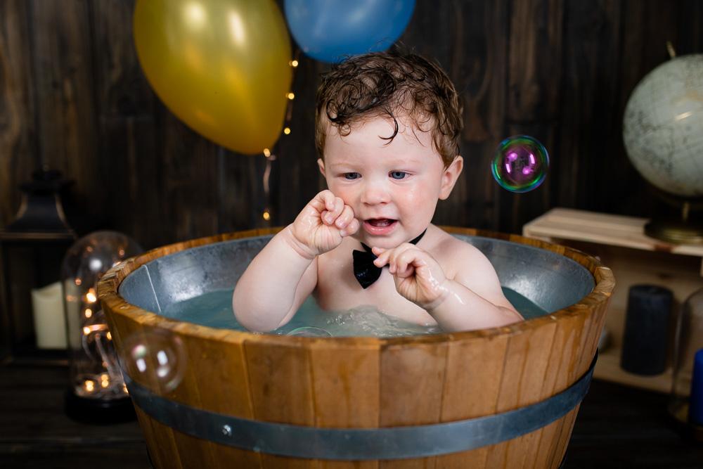 photographe bébé bain Nantes bulles