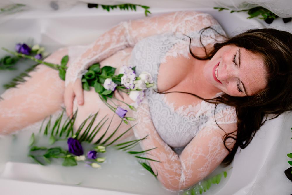grossesse photographe bain de lait